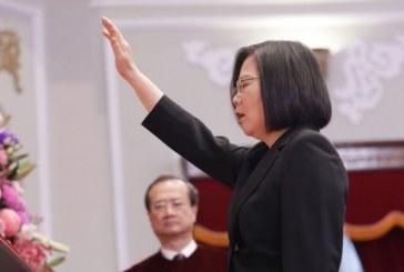 蔡英文宣誓就職:重申不接受「一國兩制」,美國務卿首次公開祝賀