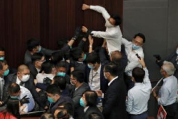 【立法會】港府周日拘捕7名民主派及前議員 指控藐視立法會